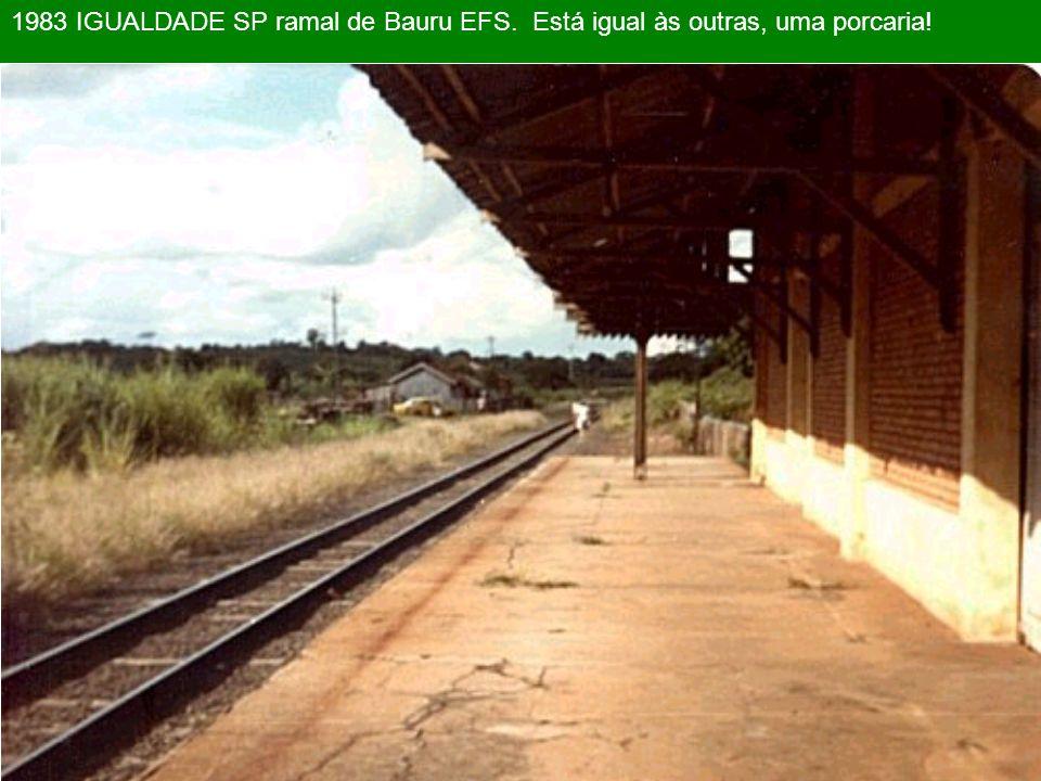 2001 IBATÉ SP. Se antes de 1998 a estação estava abandonada, imagine agora. Num passado recente, havia um pequeno pátio de manobras bem aqui !