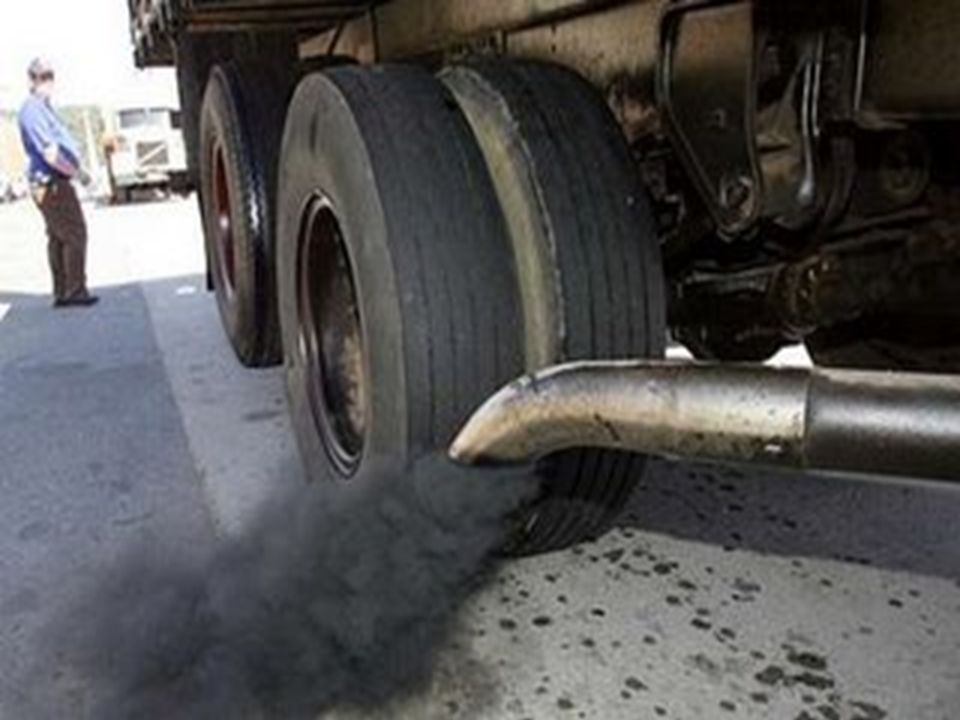 Poluente: dióxido de nitrogênio.