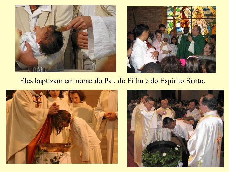 Homens de oração e de adoração, oferecem-se por nós e oferecem-nos ao Pai.
