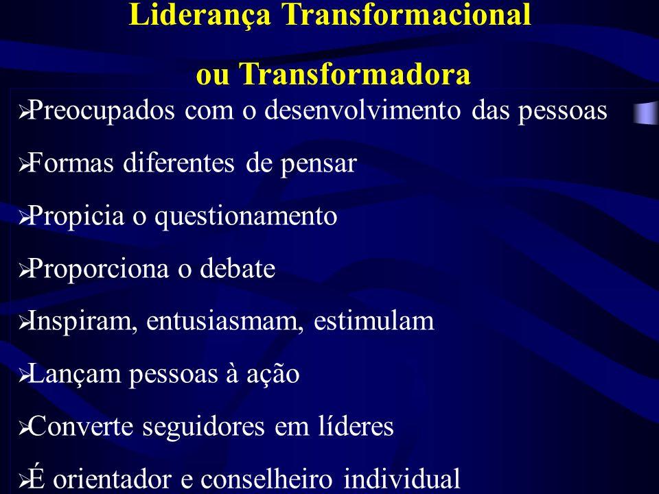 Liderança Carismática Capacidades heróicas e extraordinárias dos Líderes Visão e Articulação Sensíveis às Limitações Comportamentos diferentes dos com