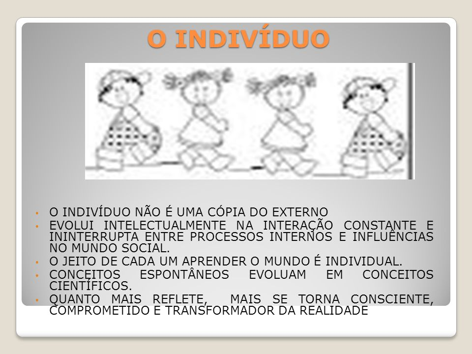 SALAS DE AULA TRADICIONAIS X SÓCIO-INTERACIONISTA CURRICULO X
