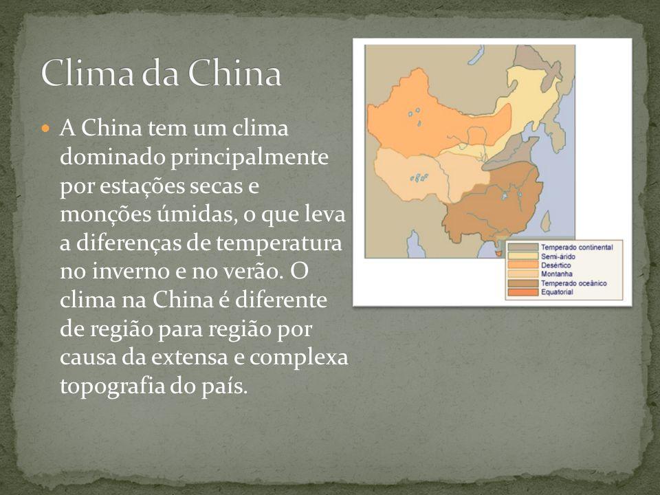 A China tem um clima dominado principalmente por estações secas e monções úmidas, o que leva a diferenças de temperatura no inverno e no verão. O clim