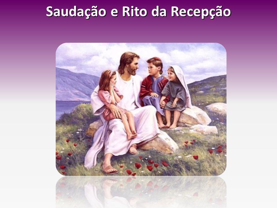 Diálogo com as crianças P- Queres ser cristão? Criança (uma a uma): Sim, quero!