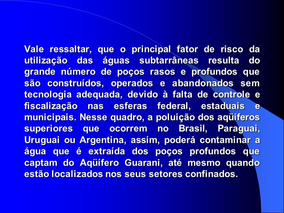 A população atual na área de ocorrência do AQÜÍFERO GUARANI é estimada em 15 milhões de habitantes. Um importante alcance social e econômico das águas