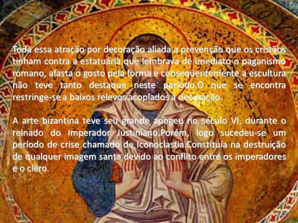 Toda essa atração por decoração aliada a prevenção que os cristãos tinham contra a estatuária que lembrava de imediato o paganismo romano, afasta o go