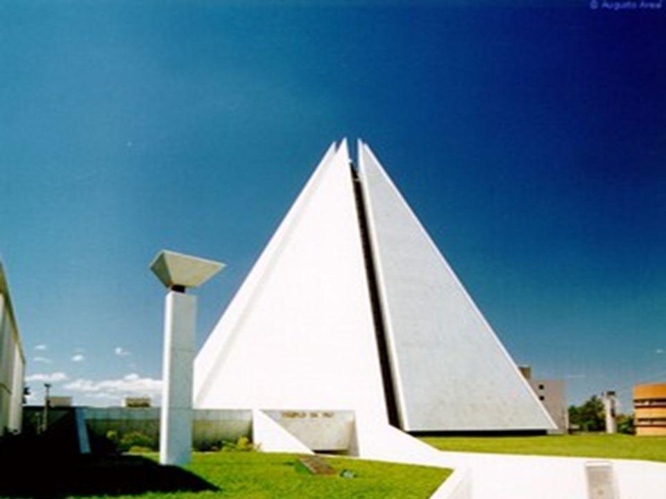 O Templo da Boa Vontade foi construído pela Legião da Boa Vontade, entidade filantrópica fundada por Alziro Zarur em 1950, e atualmente administrada p