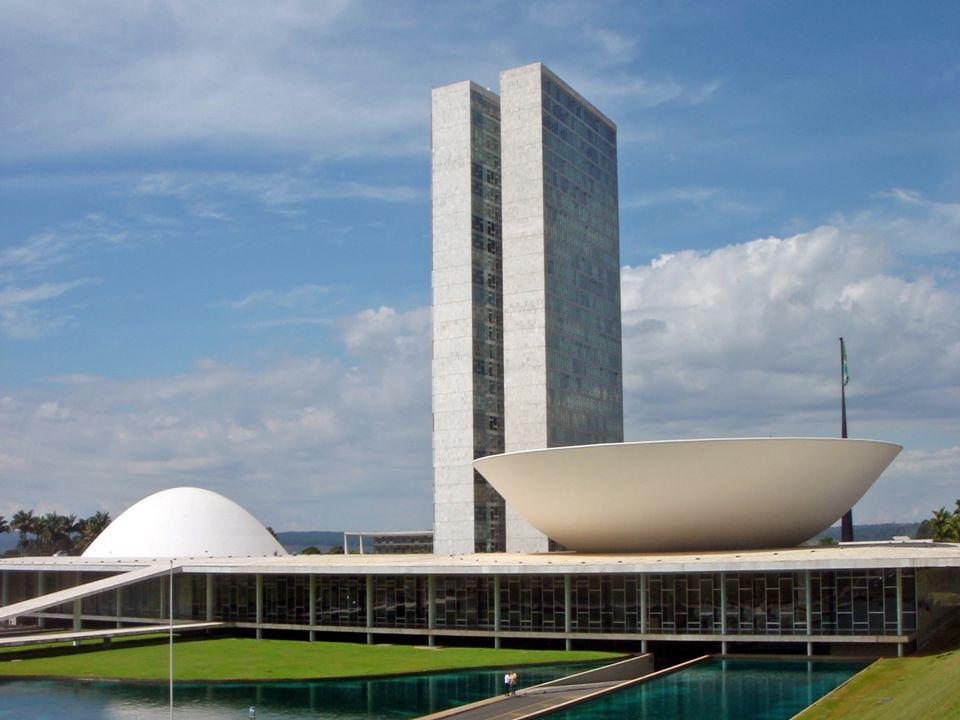 Na nova capital do Brasil - Brasília, inaugurada em 1960, o Poder Legislativo ganhou uma nova sede: O Palácio do Congresso Nacional. O autor do projet