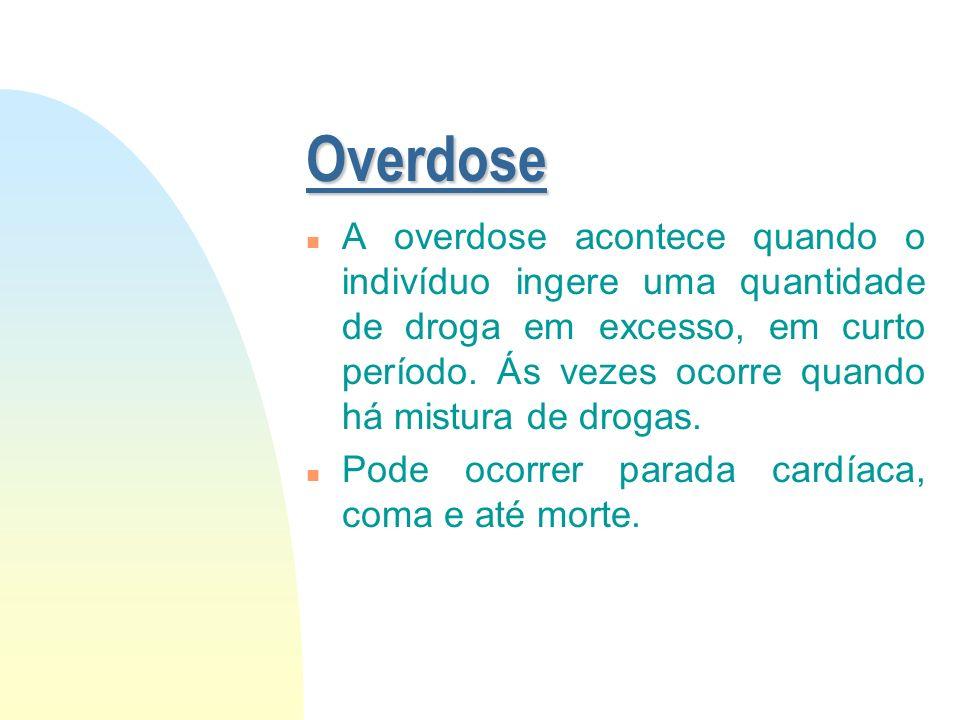 Outras Drogas n Estas não têm classificação específica devido a apresentação de efeitos variados. Aqui encontram-se: u Tabaco u Esteróides Anabolizant
