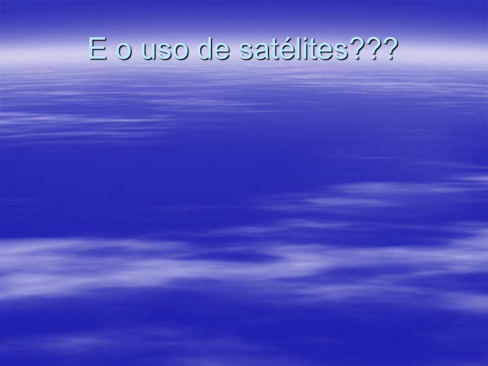 Em aulas/disciplinas anteriores Nuvens: Nuvens: –Extremamente espessas –Radiações solar e terrestre não conseguem atravessá-las Portanto, no espectro solar, mede-se a refletância do topo da nuvem e no espectro do infravermelho, mede-se a radiância ou irradiância emitida também pelo topo de nuvens