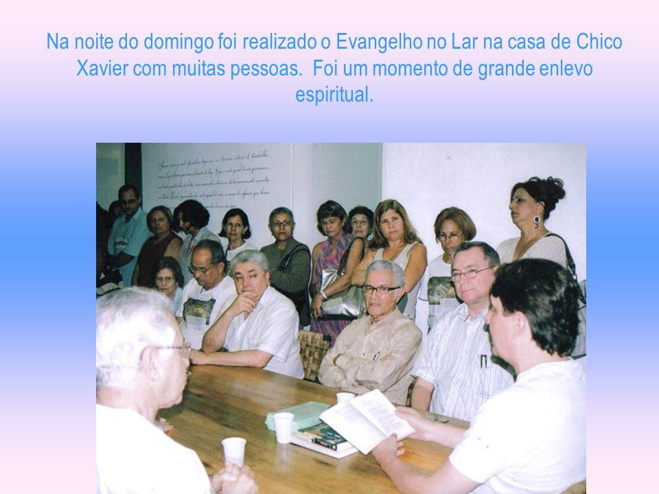 No encerramento, foram exibidas ainda, durante 16 minutos, imagens de Chico Xavier em videodocumentário cedido por Oceano Vieira de Melo, da DVD Versá
