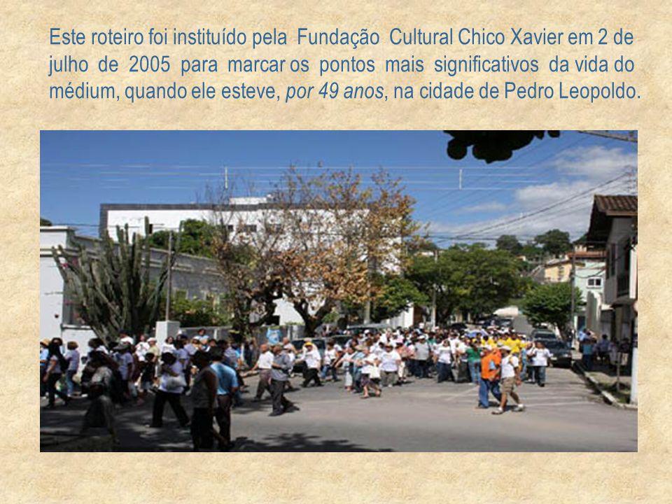 Na segunda-feira, dia 20, como parte da programação e do encerramento do evento, cerca de 500 pessoas se reuniram na Praça Chico Xavier - 1ª homenagem