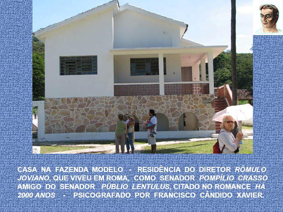 RESIDÊNCIA DO DR. RÔMULO JOVIANO – DIRETOR DA FAZENDA ONDE CHICO XAVIER PSICOGRAFOU O ROMANCE - PAULO E ESTEVÃO - DE EMMANUEL A caminhada contou com o