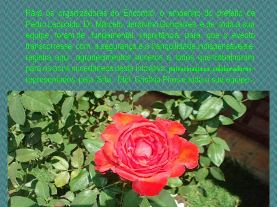Durante o II Encontro Nacional dos Amigos de Chico Xavier e sua Obra o pedroleopoldense e memorialista Geraldo Leão foi homenageado pelo trabalho que
