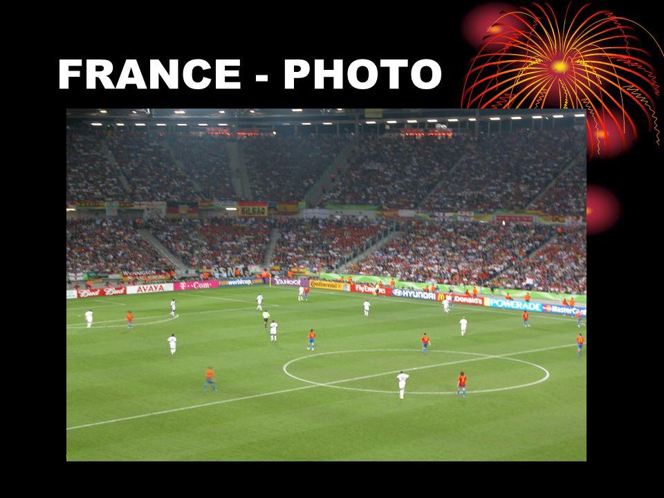 FRANCE - PHOTO
