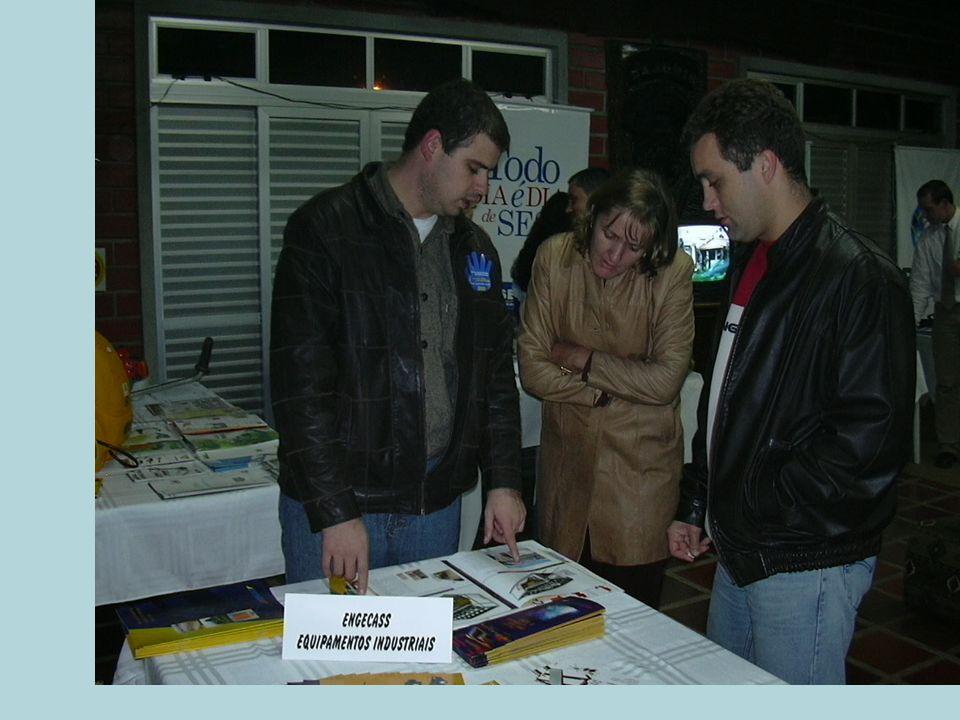 HISTÓRICO 2ª edição – 2004 Coordenador: Alexandre Alves Vieira Local: Piso inferior do Parque Universitário Norberto Frahm.