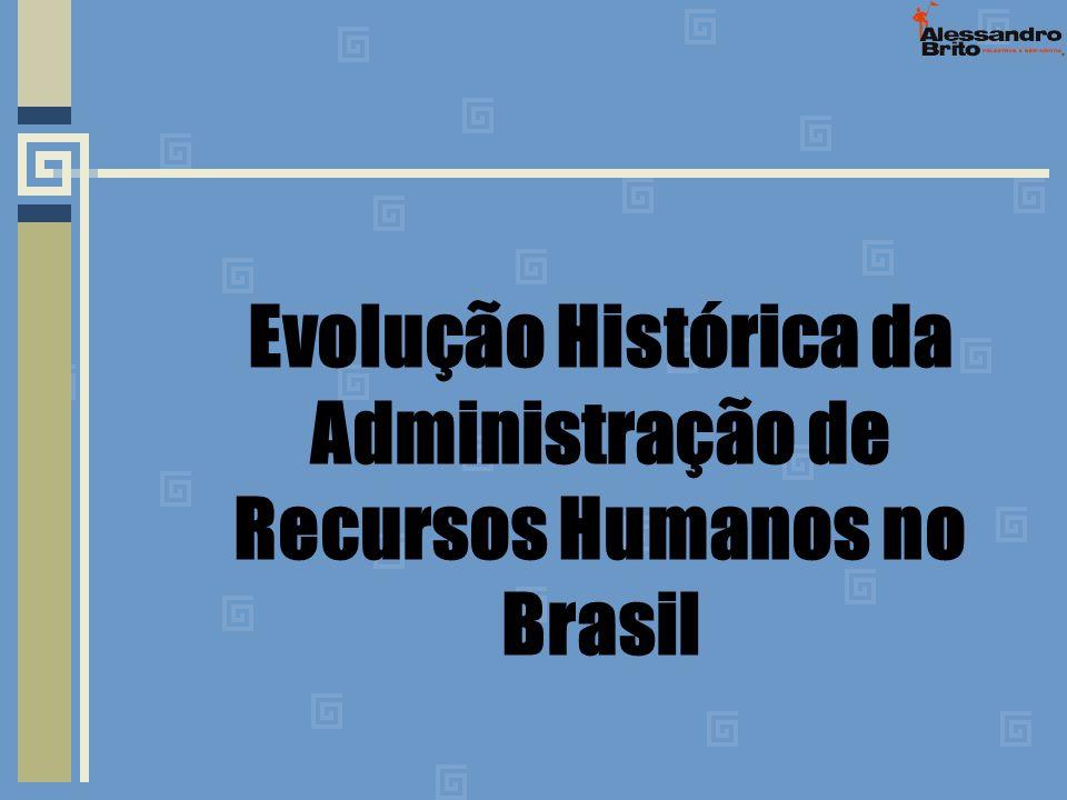 As atividades de recursos humanos nesse período restringiam-se apenas as tarefas correspondentes a cálculos.
