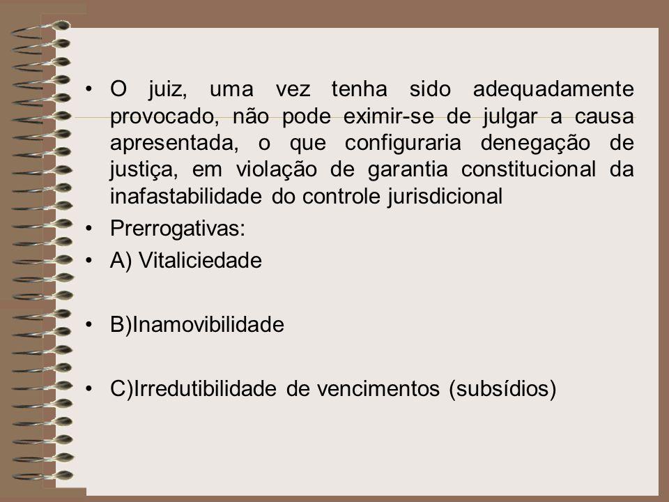 O juiz, uma vez tenha sido adequadamente provocado, não pode eximir-se de julgar a causa apresentada, o que configuraria denegação de justiça, em viol