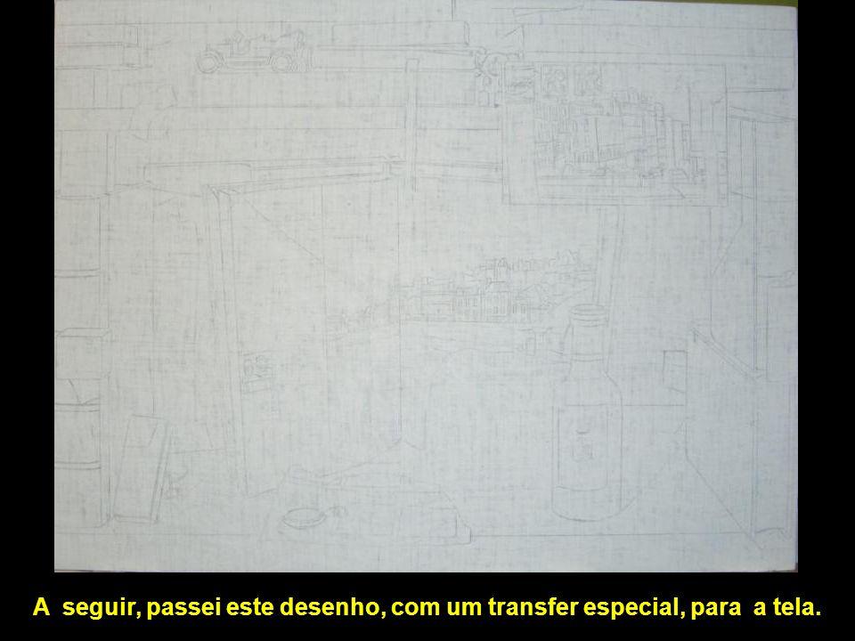 A seguir, passei este desenho, com um transfer especial, para a tela.