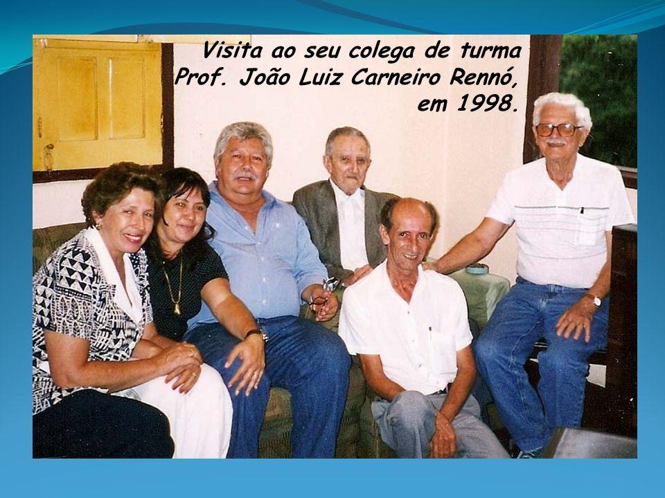 Visita ao seu colega de turma Prof. João Luiz Carneiro Rennó, em 1998.
