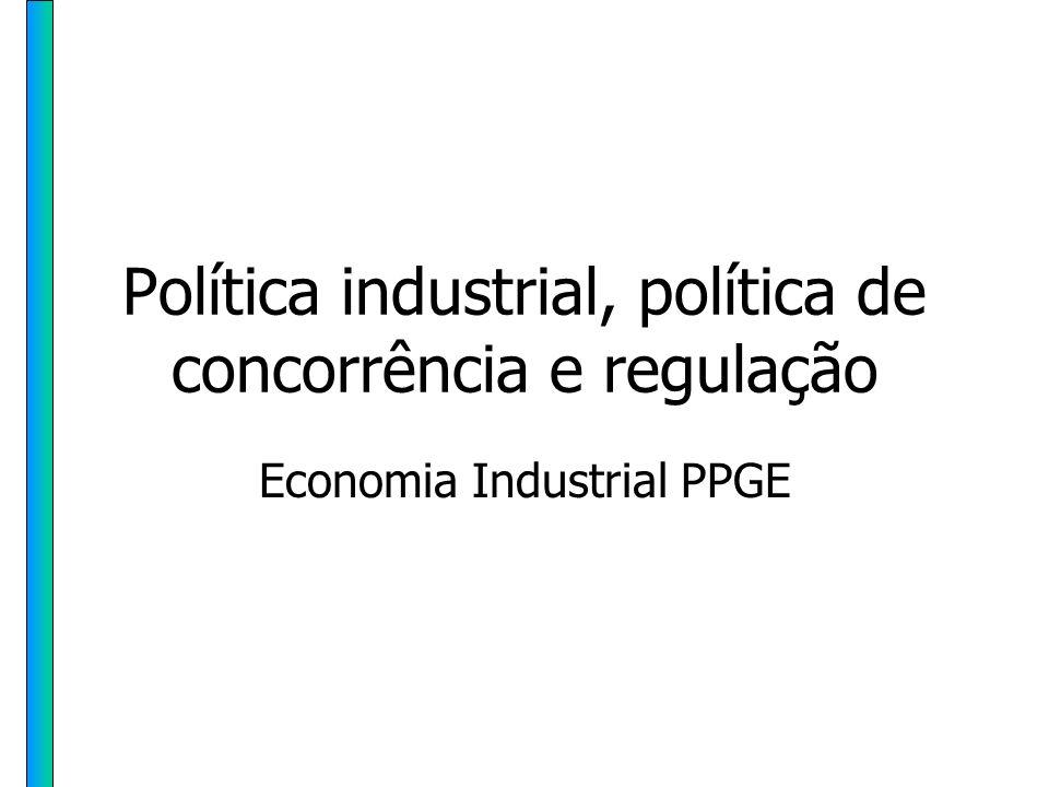 HH PPGE - UFRGS 62 Política Industrial A política industrial na teoria econômica tradicional: 1)Falhas de Mercado e Externalidades de P & D: estímulos diretos e indiretos ao investimento em pesquisa tecnológica, Objetivo: evitar o subinvestimento em P & D (resultante da não apropriação privada de todo o retorno (social) dos gastos)