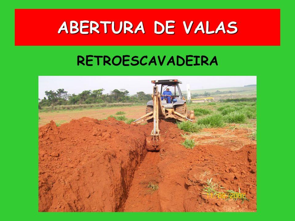 RETROESCAVADEIRA