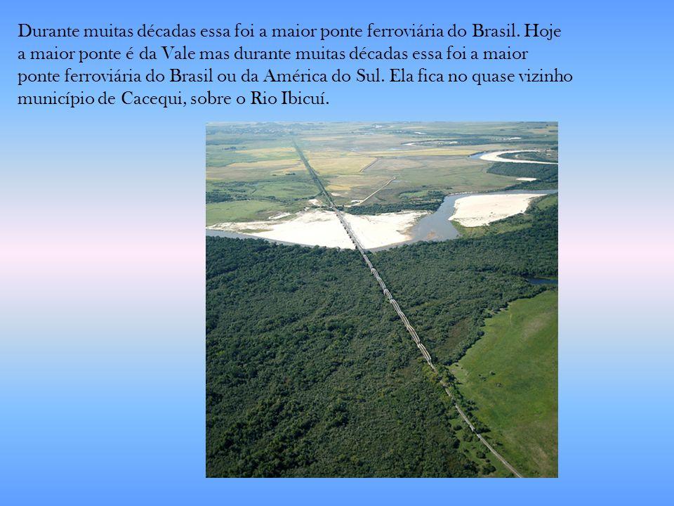 Durante muitas décadas essa foi a maior ponte ferroviária do Brasil. Hoje a maior ponte é da Vale mas durante muitas décadas essa foi a maior ponte fe