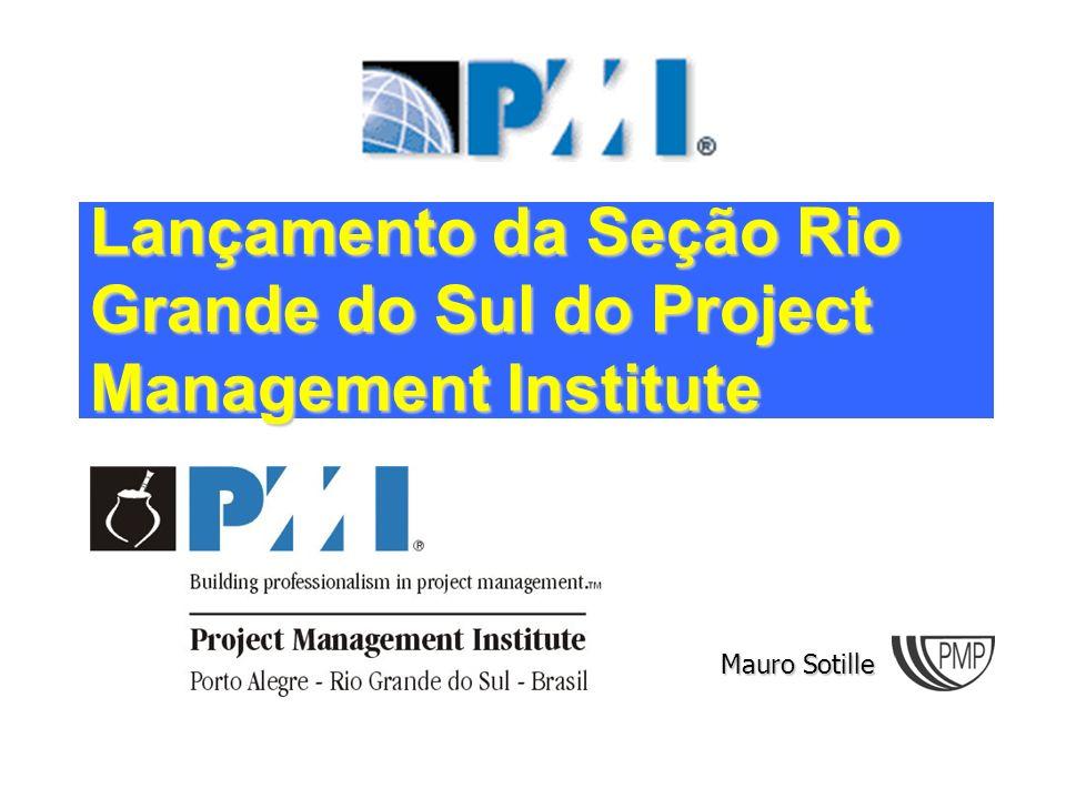 13 Lançamento do PMI-RS PMBOK- A Guide to the Project Management Body of Knowledge Abrange várias áreas de conhecimento Busca a padronização de termos utilizados em gerência de projetos.