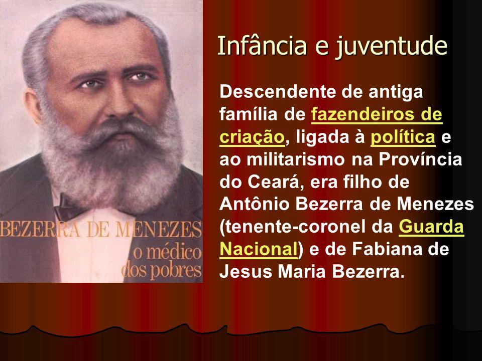 Infância e juventude Descendente de antiga família de fazendeiros de criação, ligada à política e ao militarismo na Província do Ceará, era filho de A