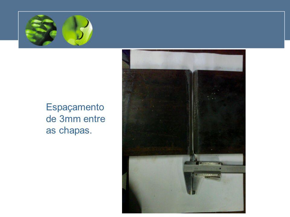 Passe de teste em metal reaproveitado Alinhamento do eletrodo com o chanfro do metal- base.
