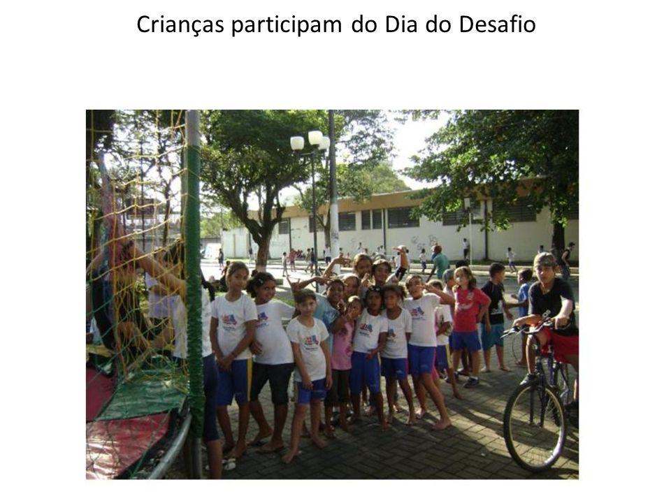 Crianças participam do Dia do Desafio
