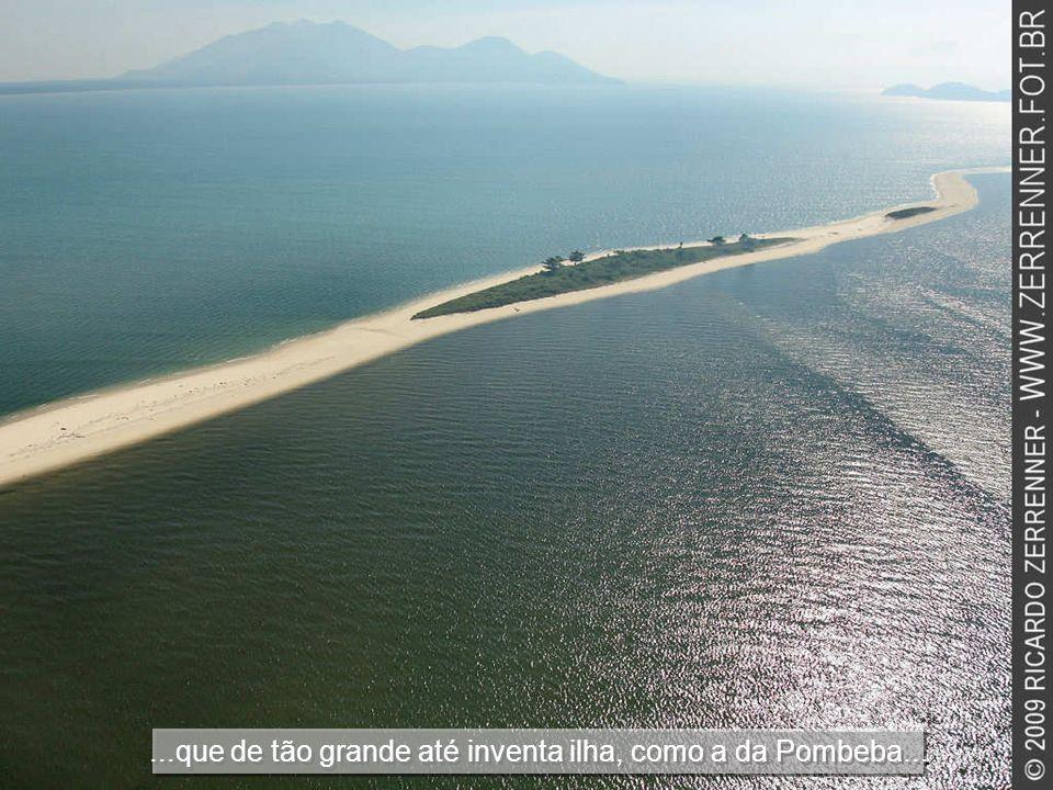 Cada porção dágua dessa baía esconde belezas infinitas...