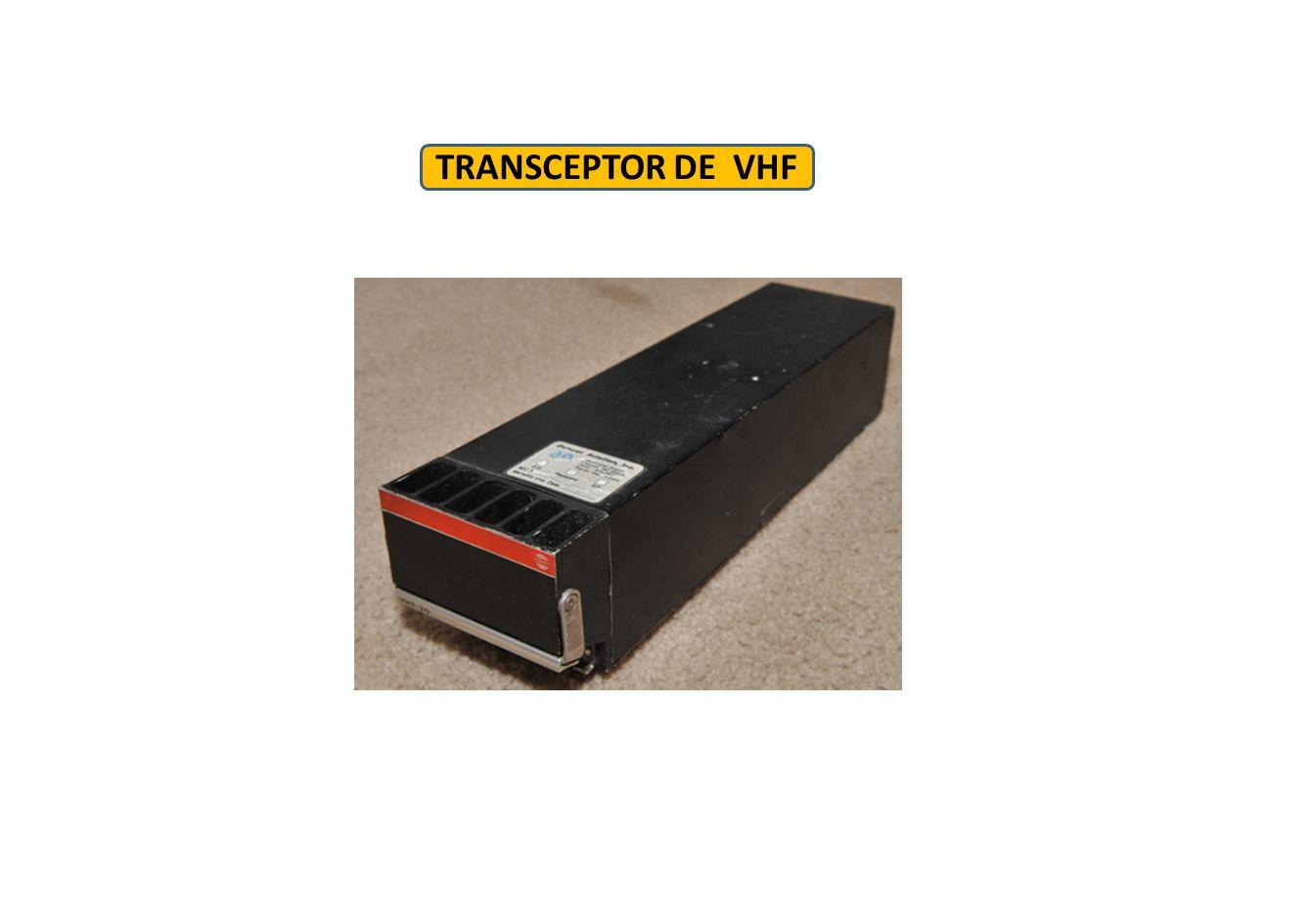 Comunicações HF (Alta Frequência ) HF é utilizado para comunicações a longa distância.