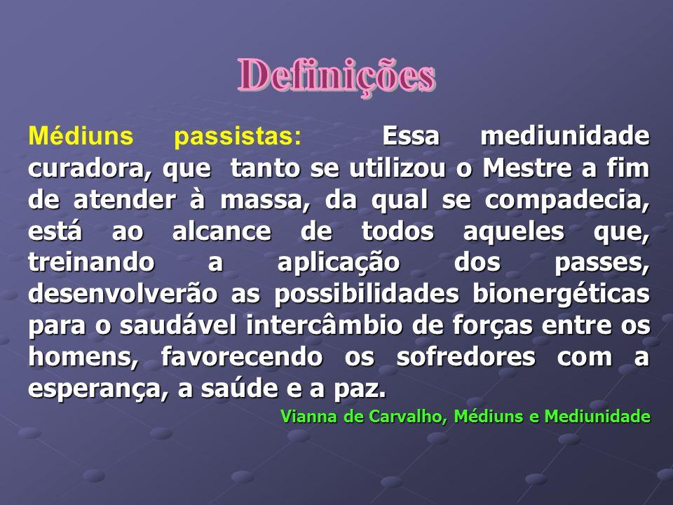 OPERAÇÕES COM O USO DE INSTRUMENTOS CIRÚRGICOS Nesses casos, o Espírito do médico utiliza-se de um médium inconsciente para evitar interferência.