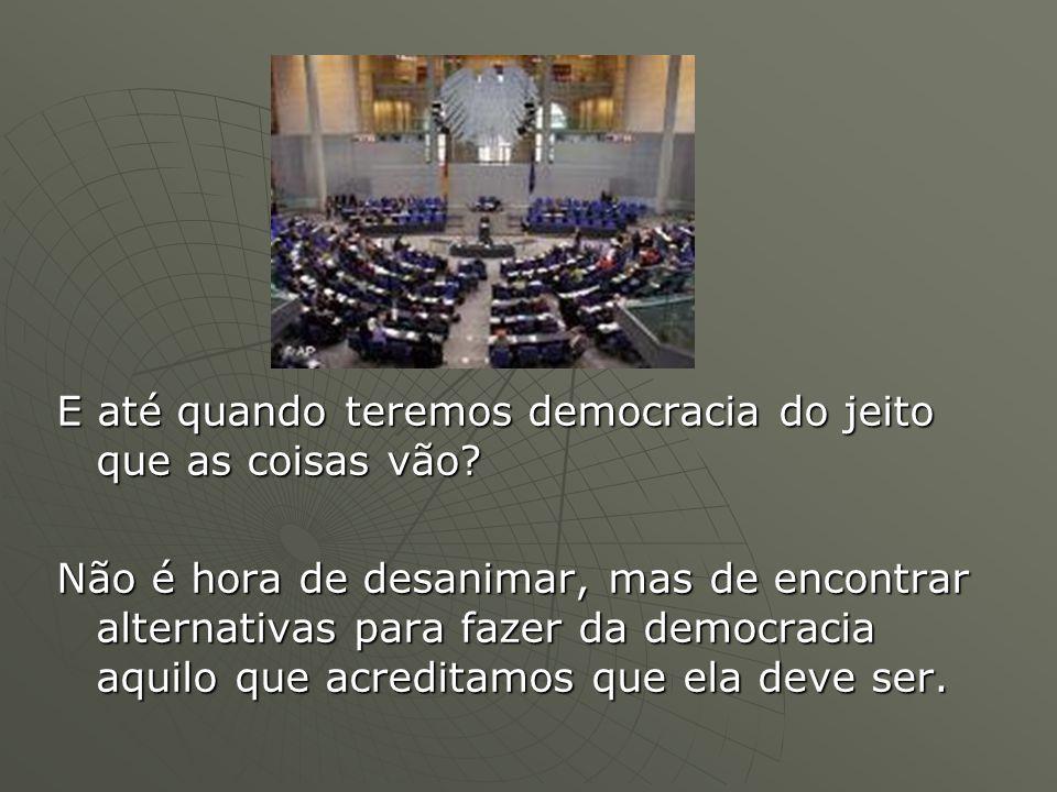 PARLAMENTARISMO X PRESIDENCIALISMO X PRESIDENCIALISMO O parlamentarismo é um sistema de governo em que a chefia do poder executivo deve ter o apoio da maioria do parlamento e é substituída se perder esse apoio.