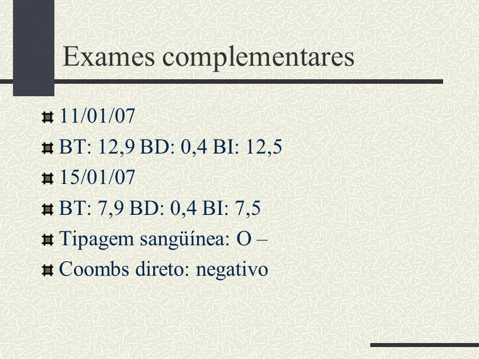 Ecografia de abdome total Fígado com forma e volume preservados.