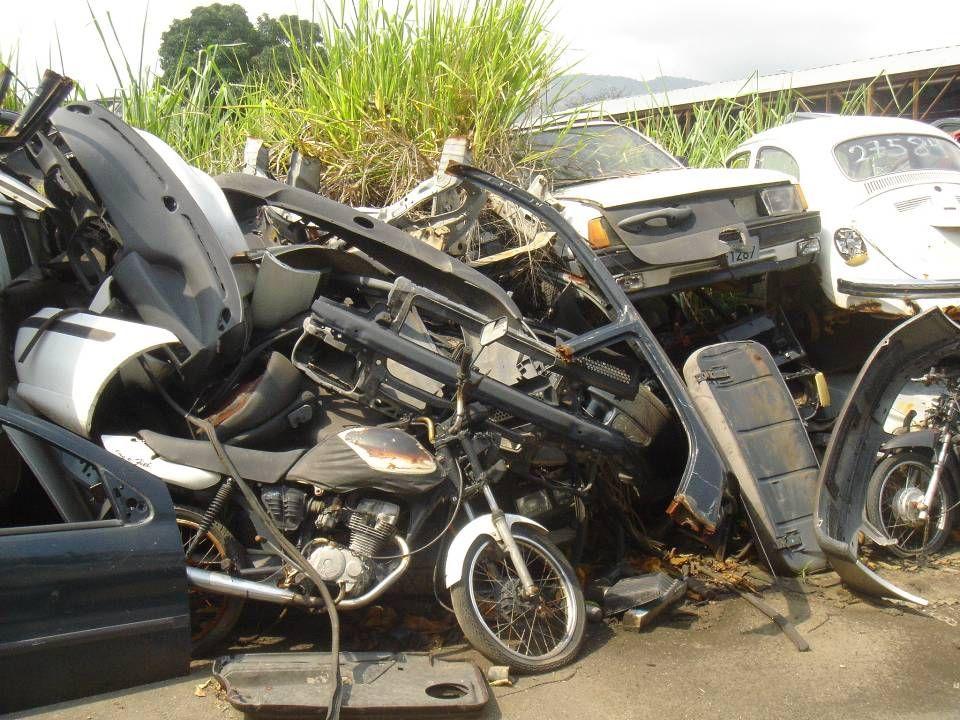 Condições - Público Veículos segurados e não segurados são tratados de forma igual.