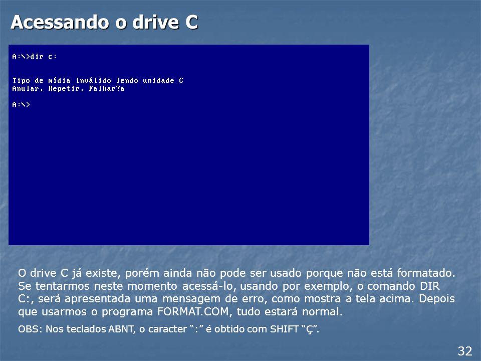 Reiniciar com suporte a CD-ROM Ao reiniciar o computador, o disquete de inicialização apresentará um menu entre as quais aparecem as opções: Iniciar o