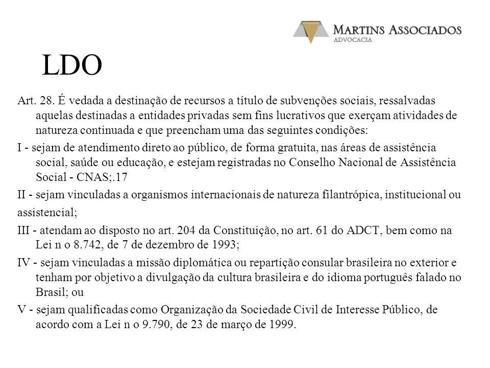 Res. CNAS 117/00 (11) § 3º - As Entidades exclusivamente de Assistência Social, poderão solicitar num mesmo processo o Registro e o Certificado de Ent