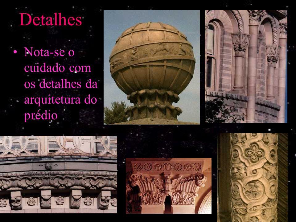 O Observatório Yerkes Três cúpulas principais –Refrator de 40 in (1,02m) –Refletor de 41 in (1,04m) –Refletor de 24 in (0,61m)