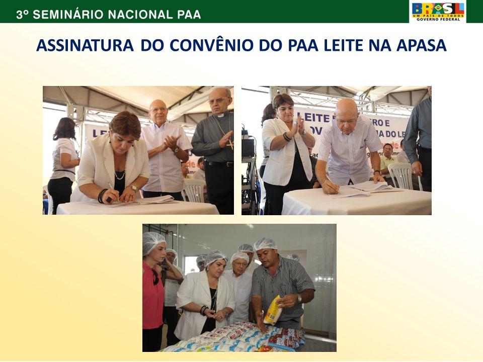 ASSINATURA DO CONVÊNIO DO PAA LEITE NA APASA
