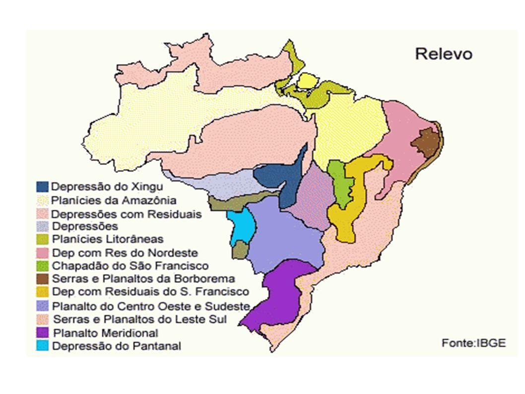 Os relevos brasileiros caracterizam-se por baixas altitudes.