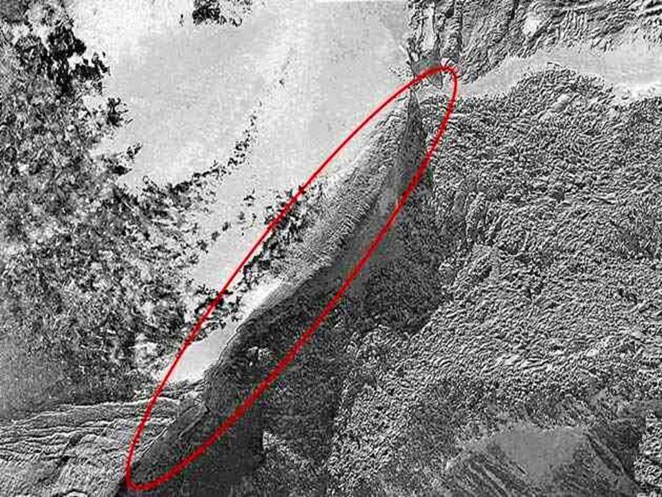 2 – SINAI OU HOREBE Hoje é conhecida como Jebel- Musa, que significa Monte de Moisés.