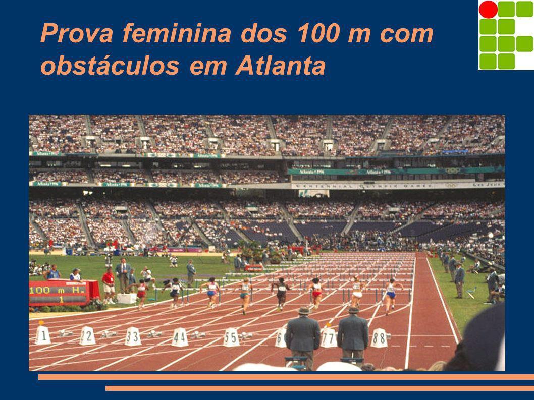 Prova feminina dos 100 m com obstáculos em Atlanta