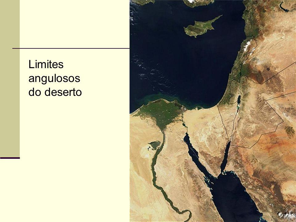 78 Limites angulosos do deserto