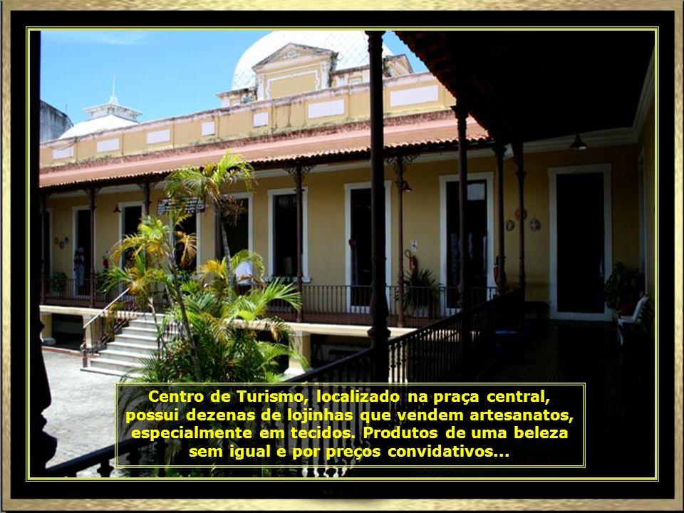 Catedral N. Sra. da Conceição, construída a partir de 1855, em estilo gótico e neoclássico, está localizada na Praça Olímpio Campos...