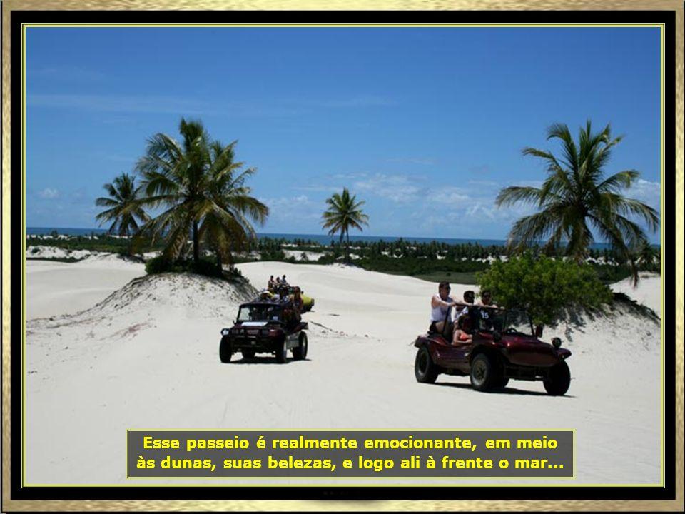 Vamos agora para Mangue Seco, extremo sul, já no lado baiano, onde o percurso é um misto de rodovia, navegação com lanchas e de bug pelas dunas, até a