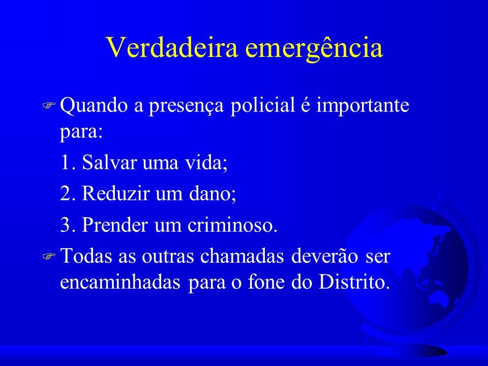 Respondendo a chamadas F Funcionalizar o 911 de modo que as pessoas o utilizem para as verdadeiras emergências; F Dar responsabilidade às RMP para atender; F Atender ao cidadão encaminhando aos policiais de bairro a responsabilidade; F Assegurar que estas chamadas de não emergência sejam dirigidas ao policial de bairro.