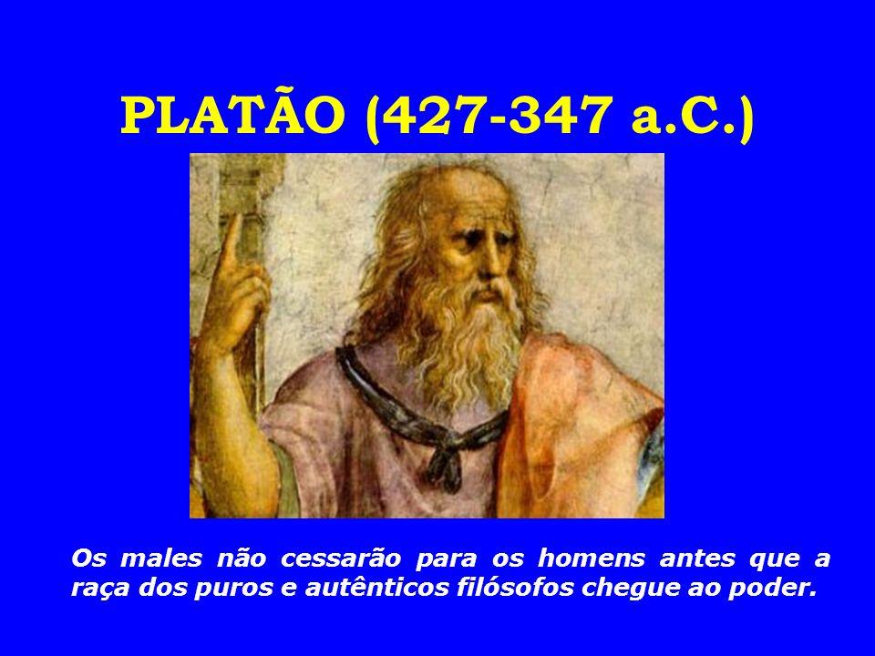 4.Sócrates é tradicionalmente considerado como um marco divisório da filosofia grega.