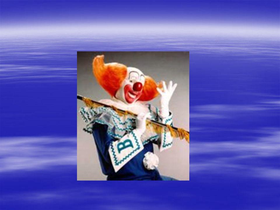 Características do desenvolvimento afetivo Egocentrismo todas as pessoas no mundo pensam da mesma maneira que ela Egocentrismo todas as pessoas no mundo pensam da mesma maneira que ela Relutantes em compartilhar objetos Relutantes em compartilhar objetos Começam a distinguir o certo do errado Começam a distinguir o certo do errado auto-conceito auto-conceito Medo de situações novas Medo de situações novas