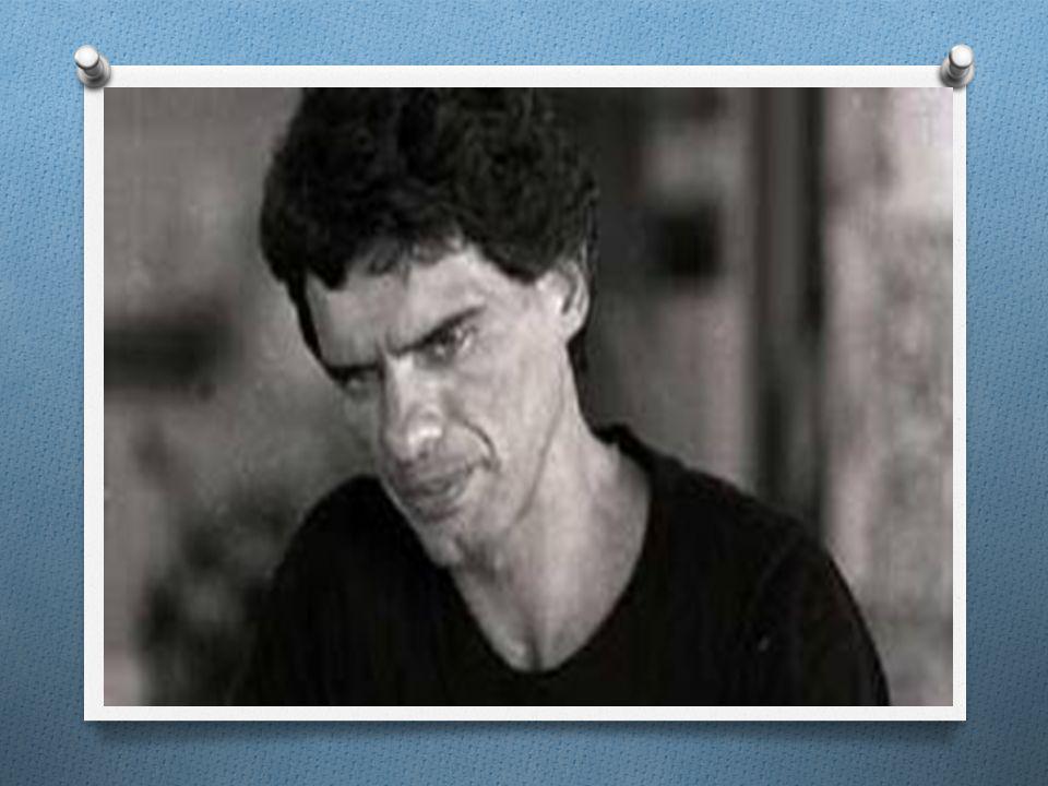 POESIA MARGINAL ANOS 70 O Entende-se como Poesia marginal toda a poesia produzida pela chamada geração mimeógrafo um movimento brasileiro que ocorreu após a Tropicália, na década de 1970, devido a forte atuação da ditadura militar, a qual levou professores, intelectuais, poetas e artistas em geral a buscarem formas não convencionais (portanto, marginais) de publicação, como o mimeógrafo, uma das mais altas tecnologias da época.
